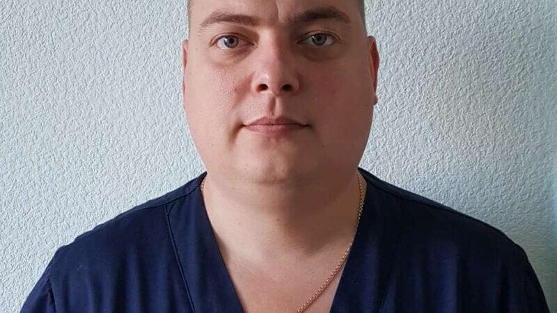 Туров Михаил Анатольевич — врач-хирург высшей категории